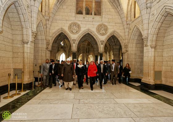 Khalifah Ahmadiyah Parlemen Kanada