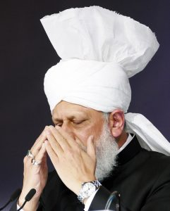 empat alasan berdoa diwajibkan. doa islam