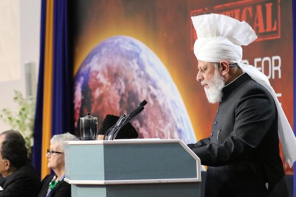 Perdamaian dunia sejati mirza masroor ahmad